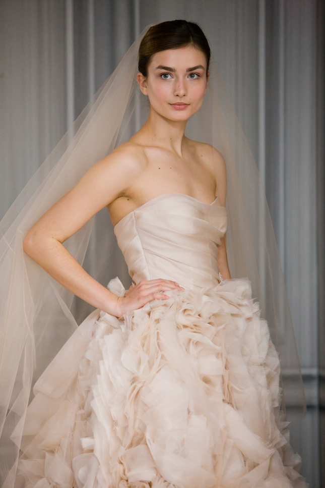Monique Lhuillier Spring 2012 Bridal Collection - Popular Hairstyles ...