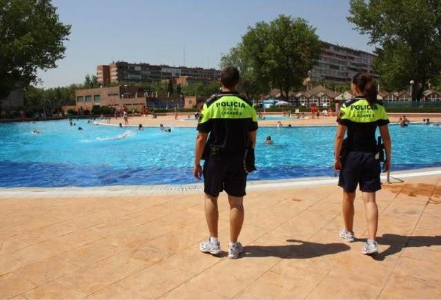 Abiertas las piscinas de verano dlegan s desde el exilio for Piscinas en leganes