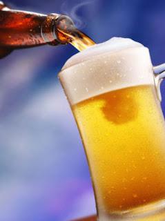manfaat bir, gambar bir, minuman keras, bir, minum bir
