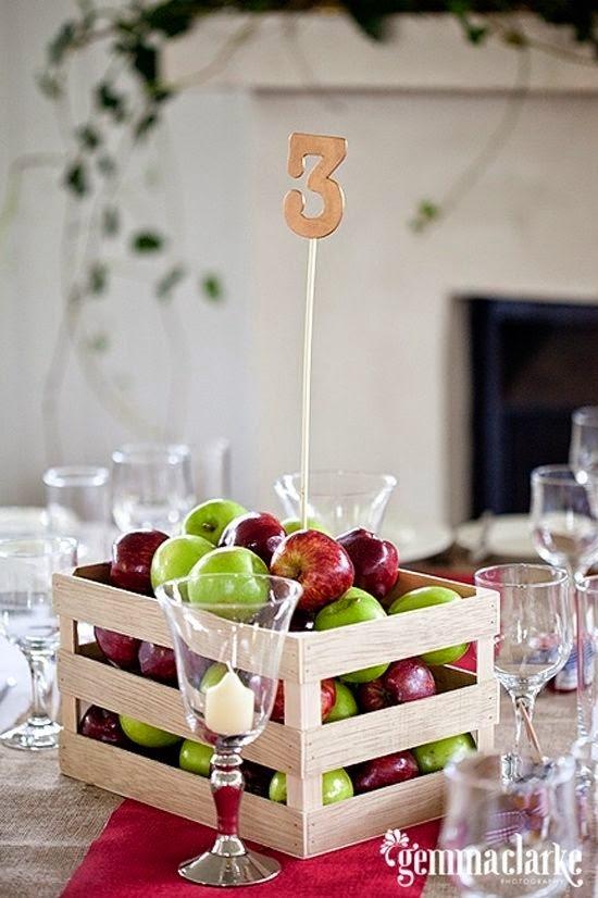 9 centros de mesa para bodas con frutas for Mesa con cajas de fruta
