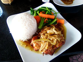 arroz con pollo en vietnam