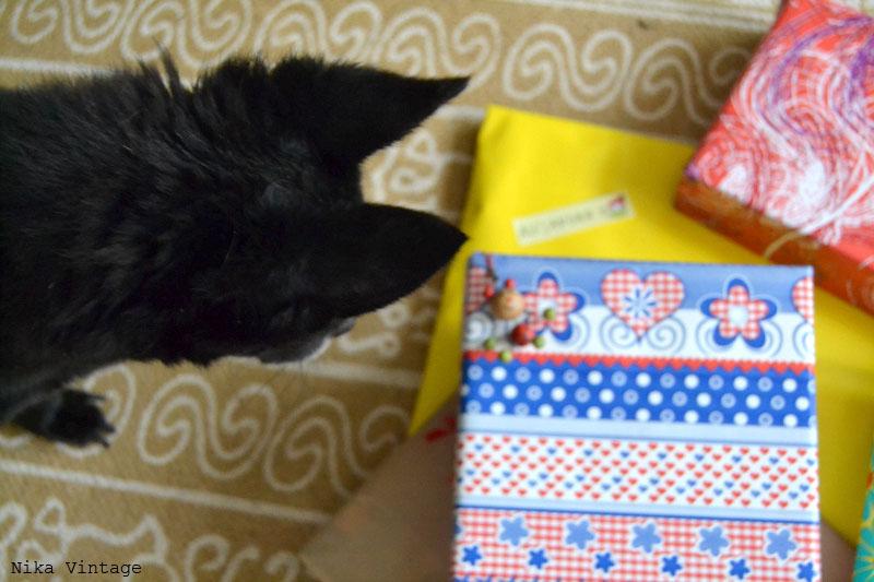 regalos, reyes magos, reyes, dia 6, sobrinas, boina roja, caja regalo
