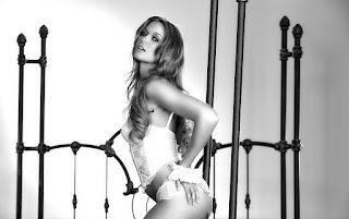 淘气的女士 - sexygirl-Holly_Shagalicious_Adrienne-Manning_low_0018-764988.jpg