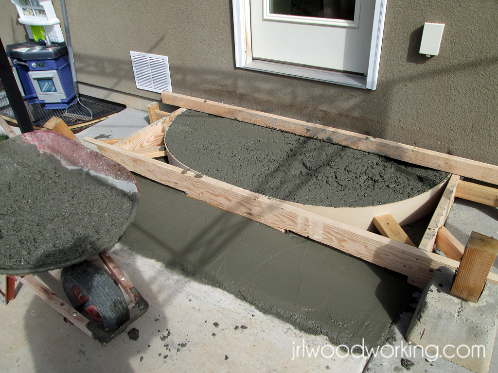JRL Woodworking | Free Furniture Plans And Woodworking Tips: Tutorial:  Rounded Concrete Forms For Stairs