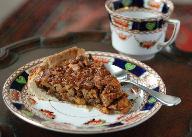 homemage walnut pie