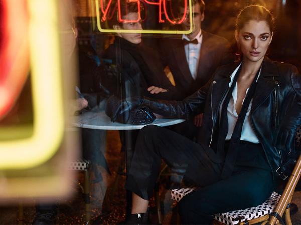 chaqueta de cuero, pantalón y camisa de mujer Massimo Dutti