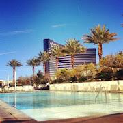 A sunny day at the Trump Hotel, Las Vegas (las vegas trump hotel )