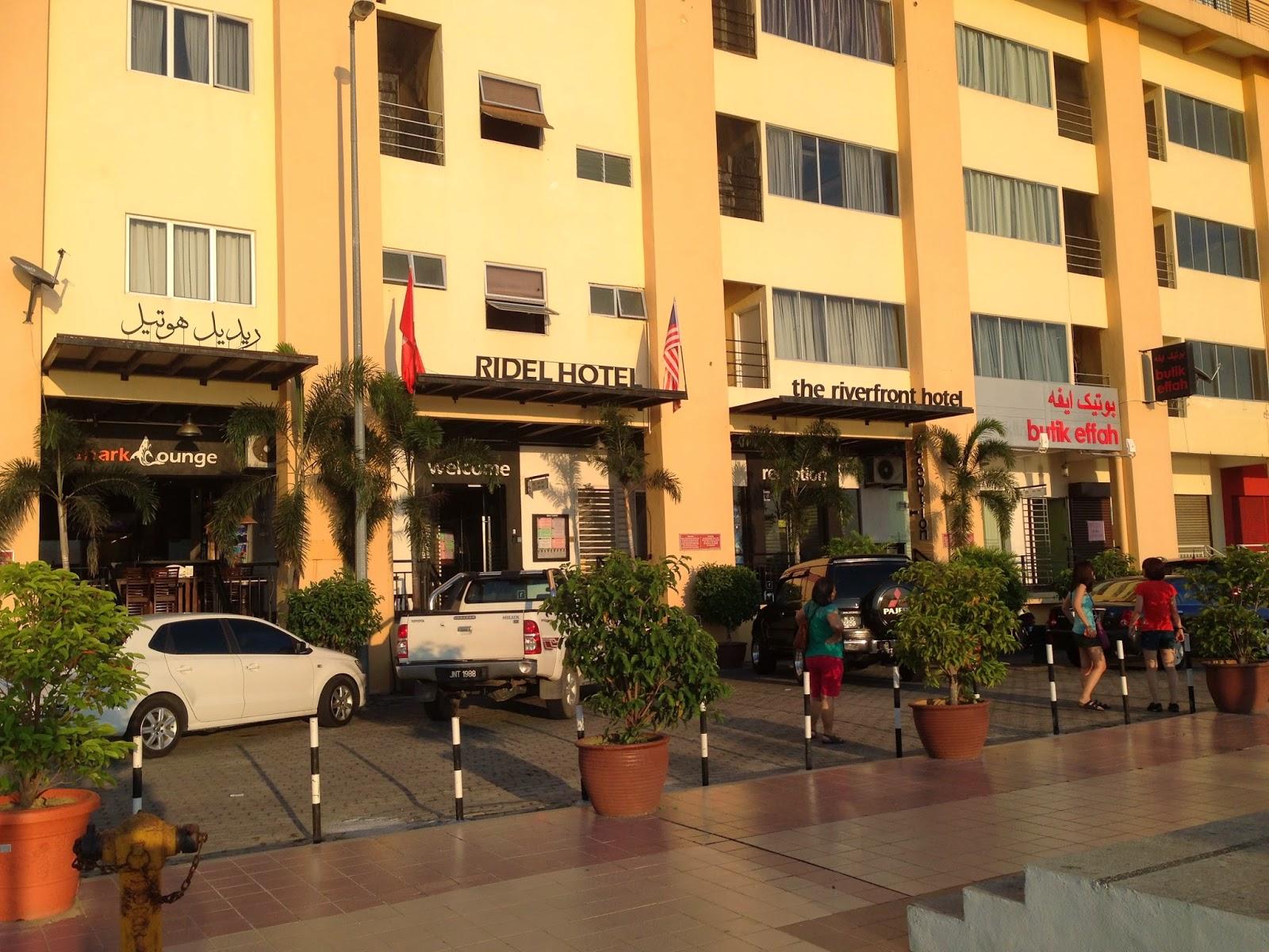 Rider Hotel facade