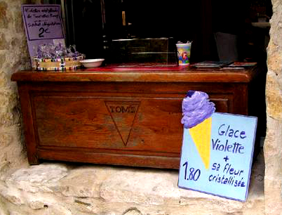 violet ice cream tourrette sur loup