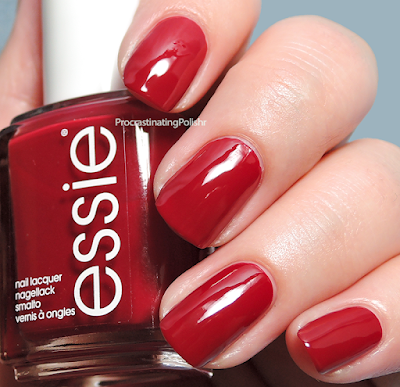 Essie - Dressed to Kilt