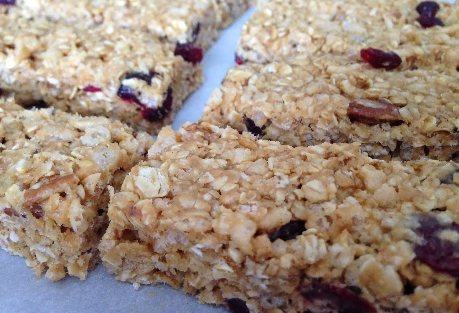 Healthy Cranberry Pecan Granola Bars