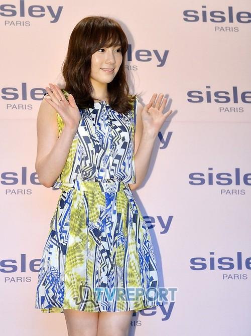 Taeyeon @ Sisley New Product Launching Event Tumblr_m7npnsnKSP1qc6cb5o1_500