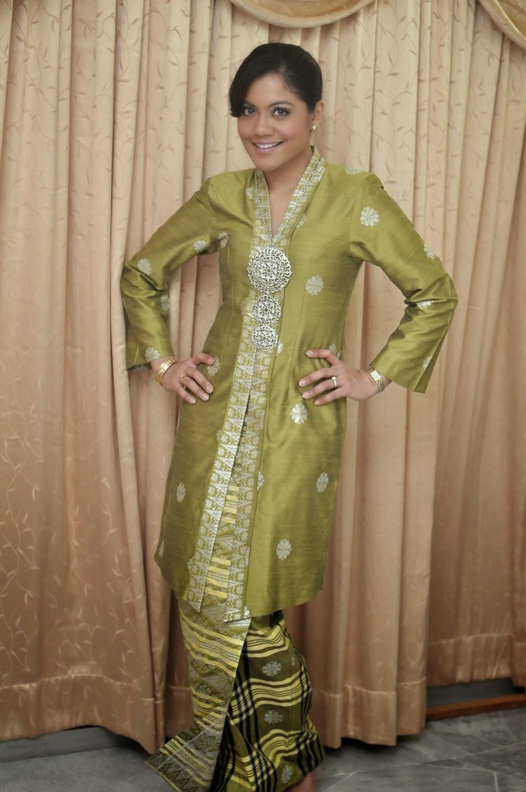 Foto Model Baju Kebaya Songket Online