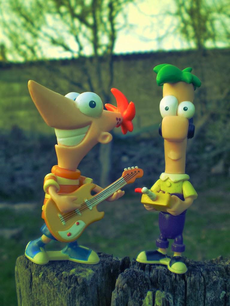 .Id telah menyiapkan sejumlah lembar mewarnai gambar Phineas And Ferb ...