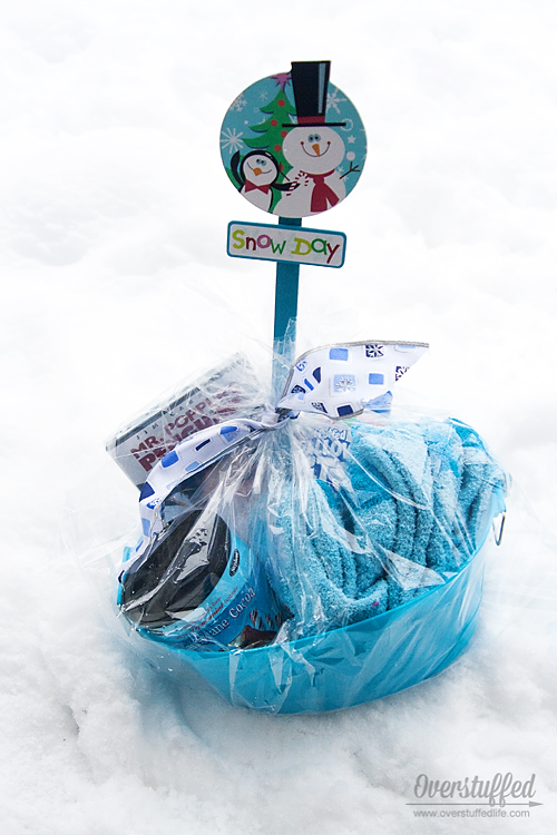 How to make a snow day survival kit. Easy and affordable!