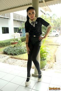 Sepatu Vicky Shu