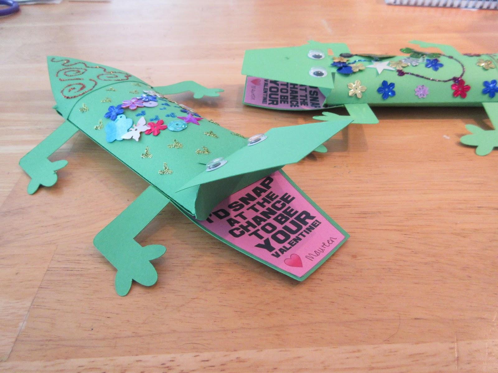 pillow box alligator valentine