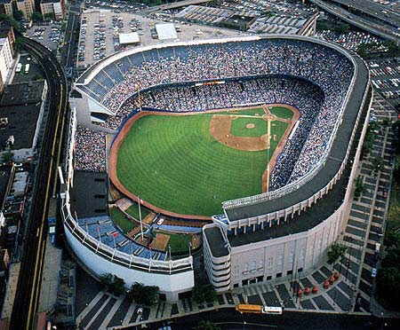 Ten best and grandest stadium in the world tourism in the world - Yankee stadium images ...