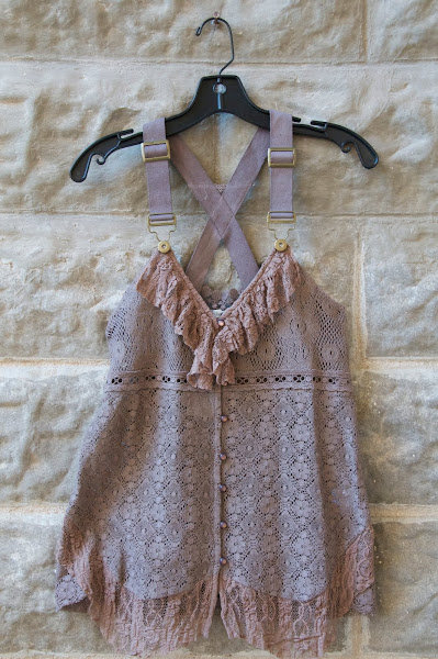 Lace vest with overall details