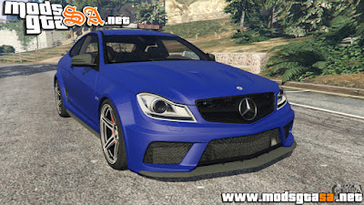V - Mercedes-Benz C63 AMG 2012 LCPD para GTA V PC
