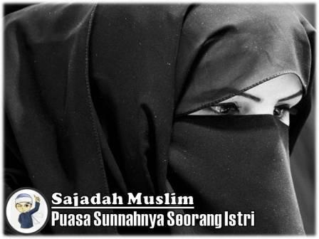puasa sunnahnya seorang istri sajadah muslim