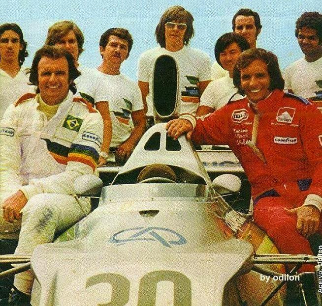 Wilsinho, Emerson e a equipe Fittipaldi no início do projeto - Foto: Pinterest