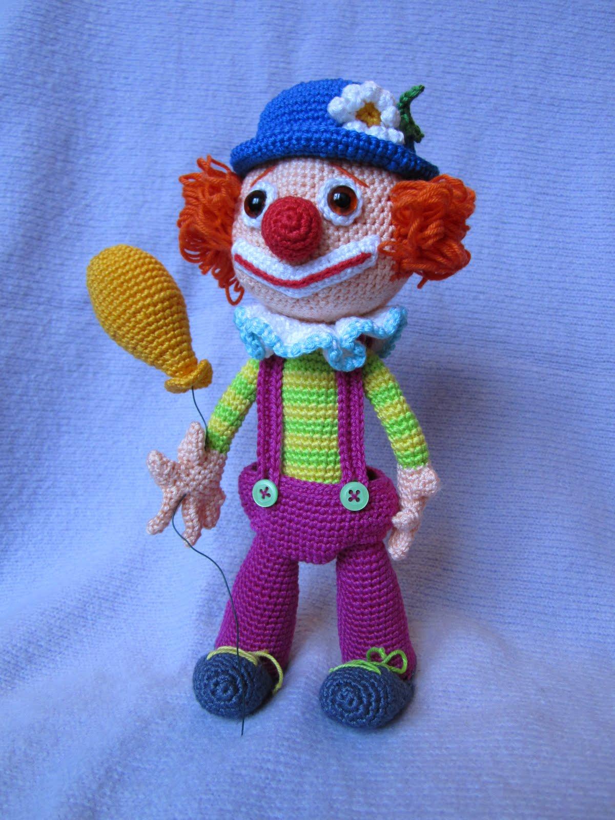 Клоун своими руками связать