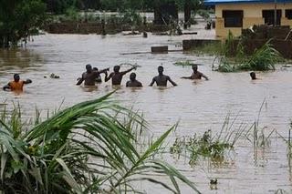 Ibadan Flood Kills More Than 100 People! 1