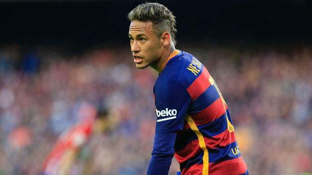 El PSG se inmiscuye en la lucha por el fichaje de Neymar