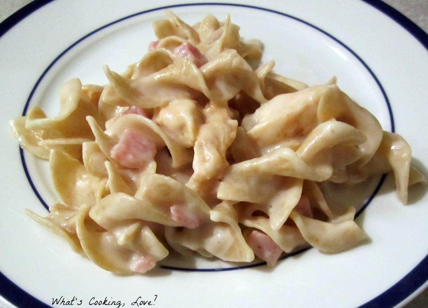 Chicken Cordon Bleu Pasta - Whats Cooking Love?