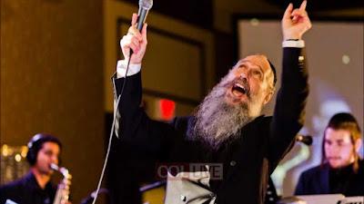Mordechai Ben David - B'shir Vekol Toda