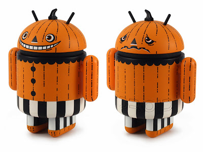 Trickertreat Halloween Android Mini Figure by Gary Ham