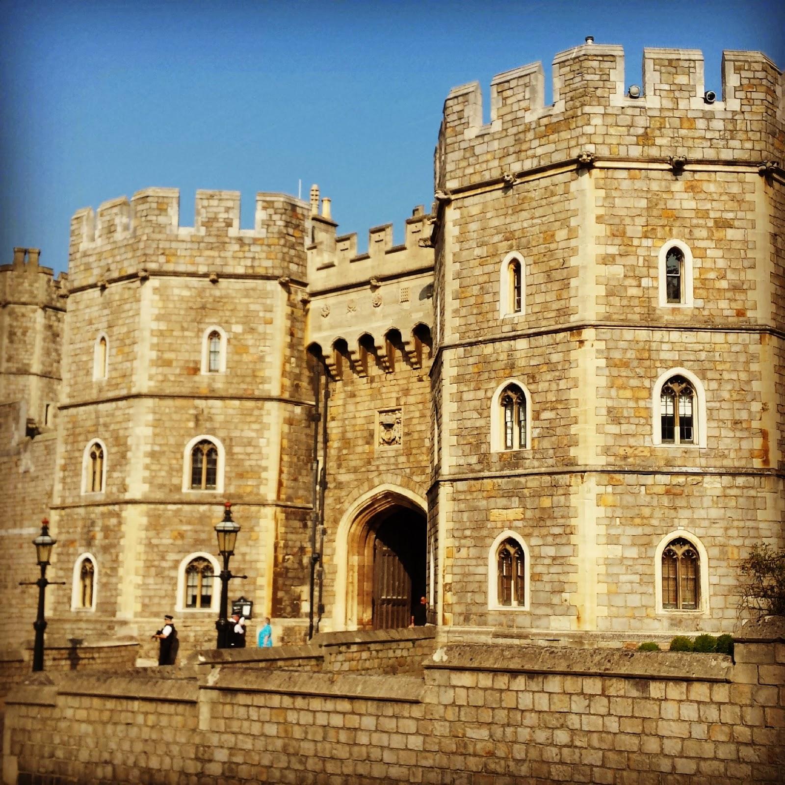 castelos pelo mundo