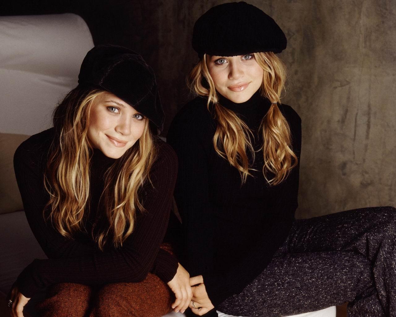 http://1.bp.blogspot.com/-42HS0HFqU0Y/Tr9_zOAbZqI/AAAAAAAAAZY/_XGovaf06PU/s1600/mary_kate_and_Ashley_olsen0087.jpg