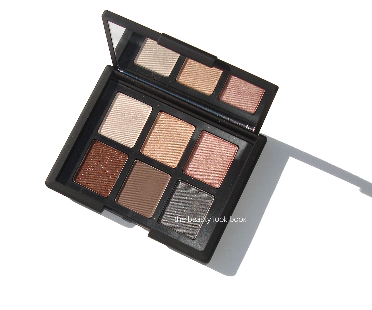Book color palette - This Fall Nars Has Released Two New Variations Of Their 6 Color Eyeshadow Palettes Product Girl Gave Us A Sneak Peek From An Event She Attended In July