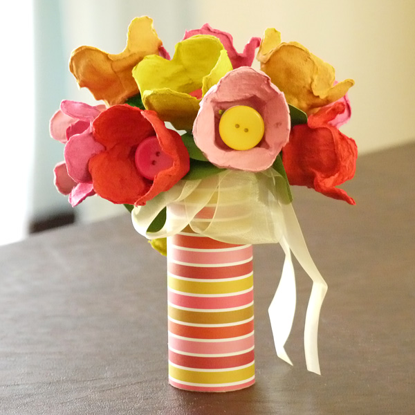 Recycle craft made from egg carton art craft projects Egg carton flowers ideas