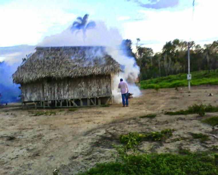 combatedo a Malaria  na Aldeia