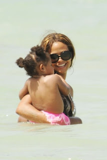 The R-B singer, Christina Milian, her daughter Violet, Miami, Miami Beach, Miami Beach hotels, Miami luxury Hotels, Travel in Miami, Travel to Miami Beach, Travel to Miami luxury hotel, Travel to Miami tour
