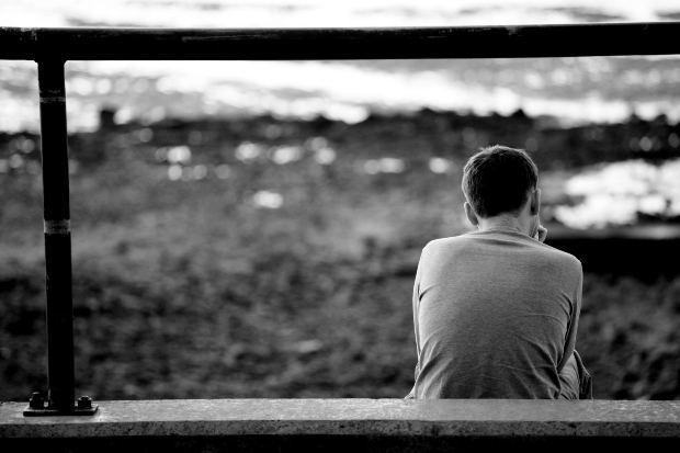 Di Balik Kemurungan