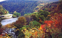 A Vew of the Delaware Water Gap in the Fall