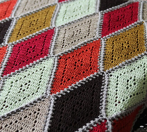 Spicy Diamond Blanket - Free Pattern