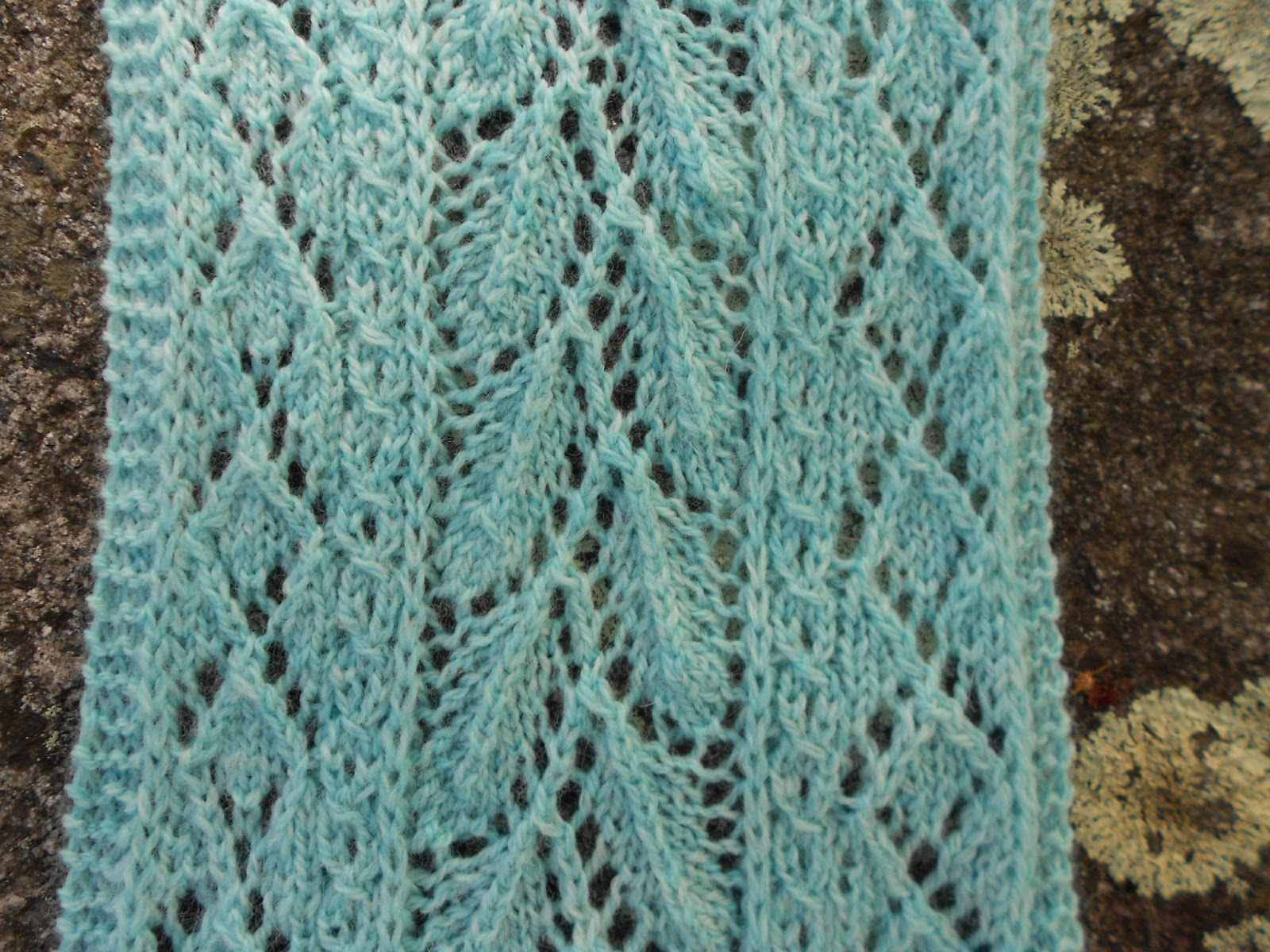 Leaf Lace Scarf Knitting Pattern : Merry Melody Designs: Mint Leaf Lace Scarf