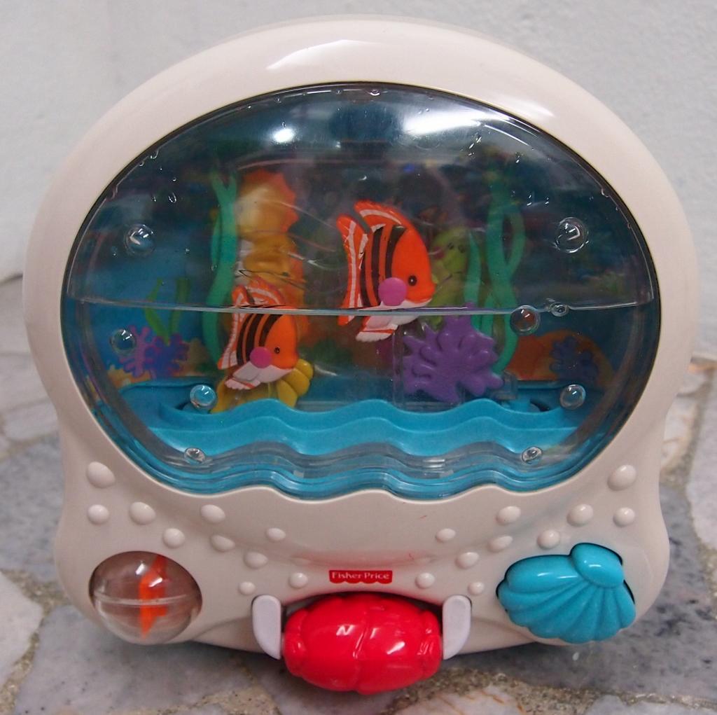 JuaiMurah: Fisher Price Ocean Wonders Aquarium Mobile