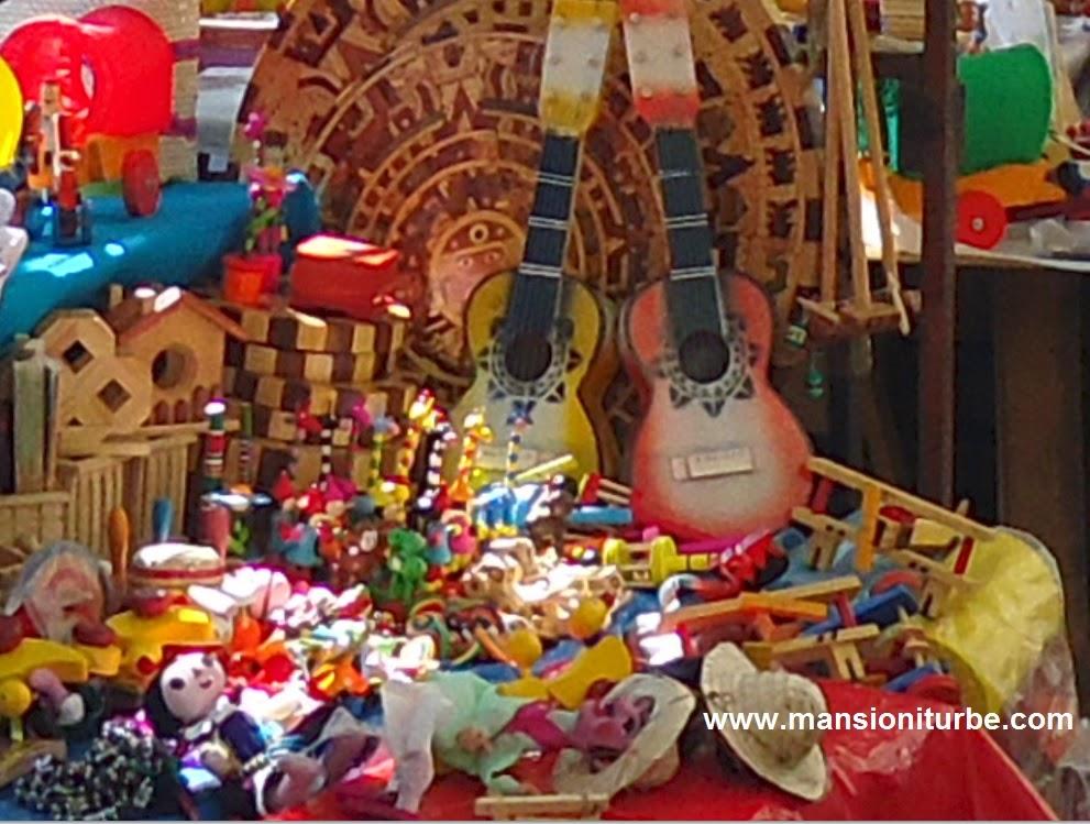 Juguetes Tradicionales Mexicanos en Pátzcuaro, Michoacán
