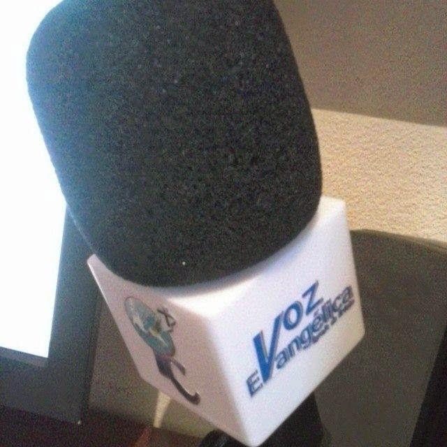Microfone do Programa Voz Evangélica da Igreja de Cristo