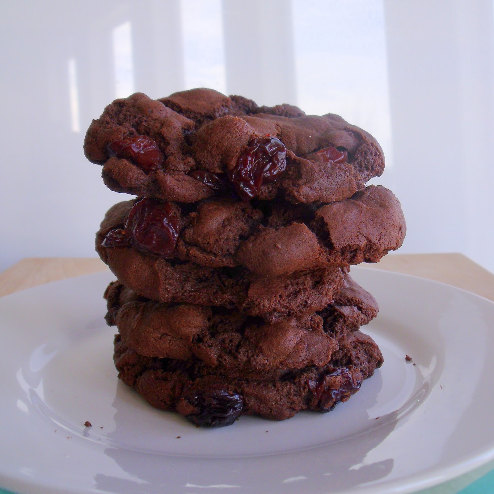 Dark Chocolate & Sour Cherry Cookies - Edible Woman