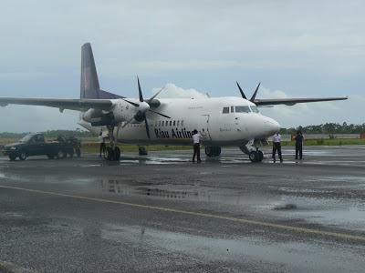 gambar riau airline