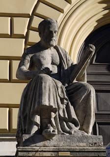Thukydides vor der Bayerischen Staatsbibliothek