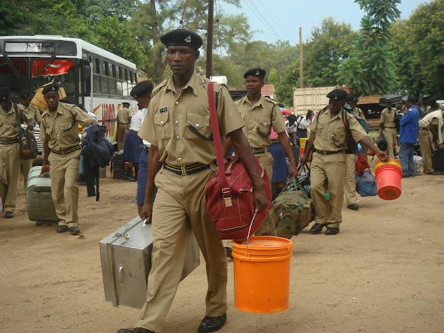 Vijana wa kidato cha nne wa mwaka 2011,kidato cha sita mwaka 2012 na