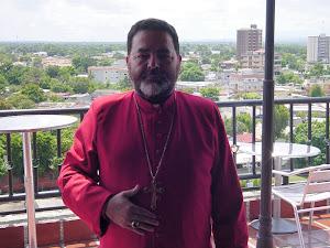 Arzobispo Leonardo Marin